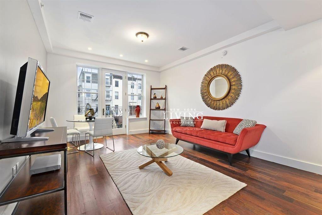 196 Macon Street Bedford Stuyvesant Brooklyn NY 11216