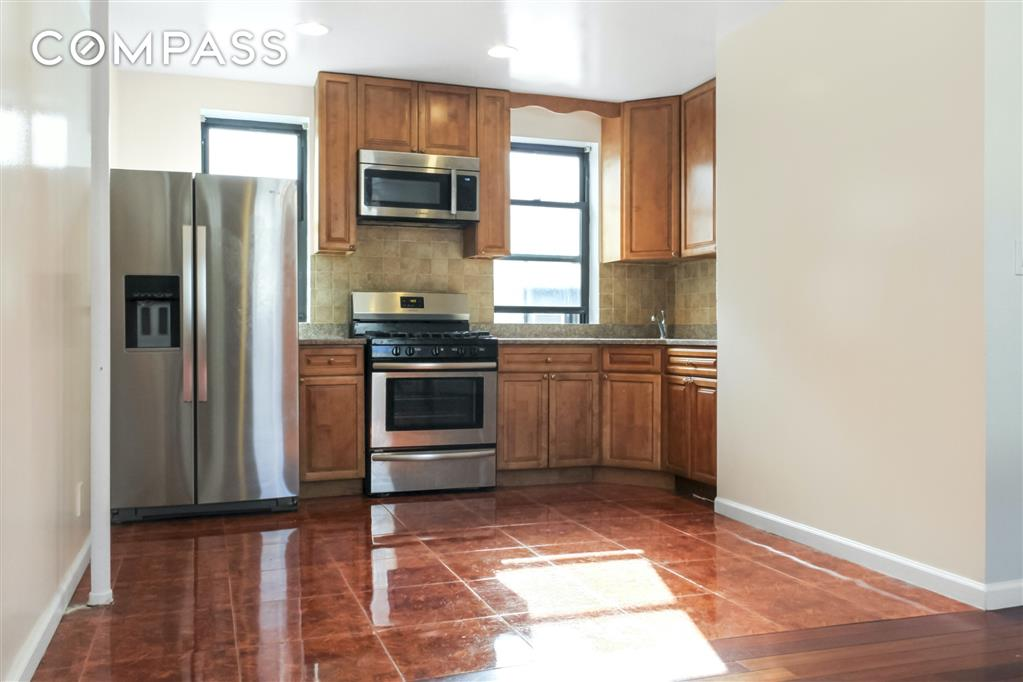 21-27 33rd Street Steinway-Ditmars Queens NY 11105