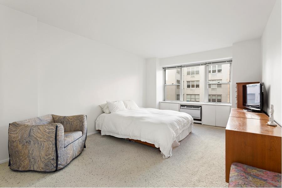 155 East 76th Street Upper East Side New York NY 10021