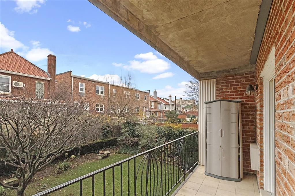 9466 Ridge Blvd. Fort Hamilton Brooklyn NY 11209