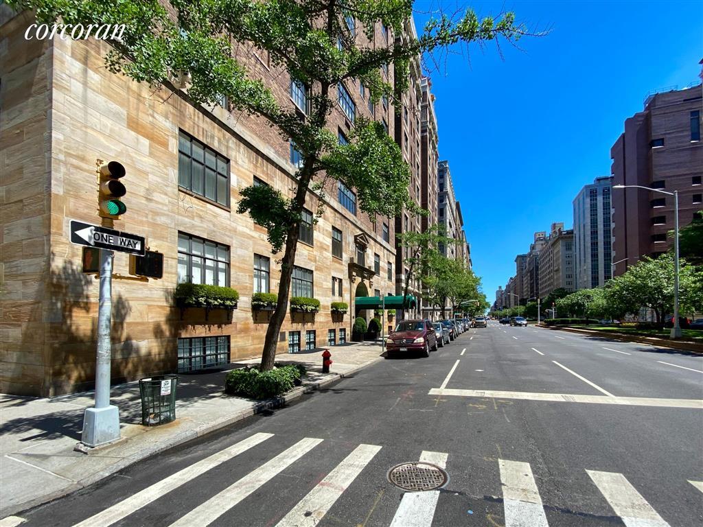 61 East 75th Street Upper East Side New York NY 10021