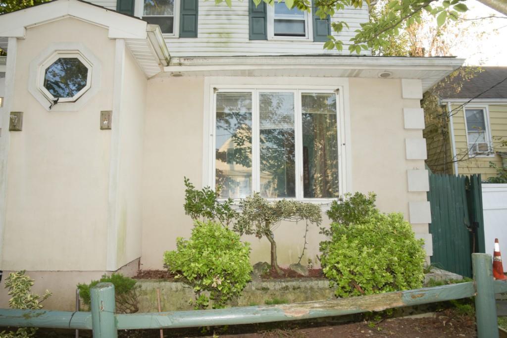 50 Lincoln Avenue Grant City Staten Island NY 10306