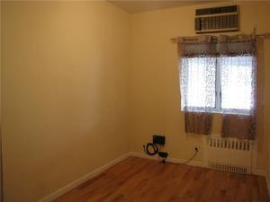 963 52 Street Sunset Park Brooklyn NY 11219