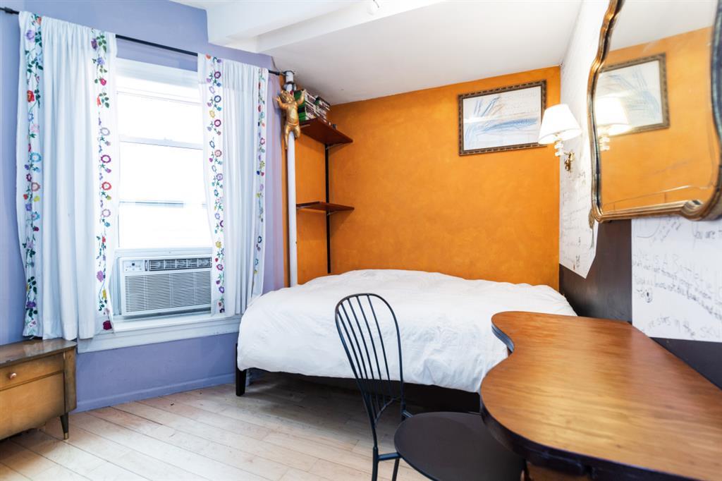 139 Norfolk Street Lower East Side New York NY 10002