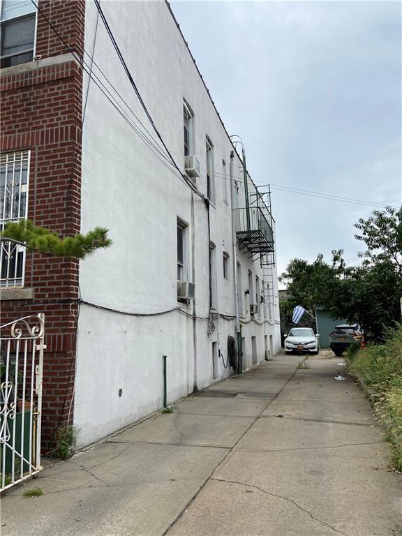 1060 60 Street Brooklyn NY 11219
