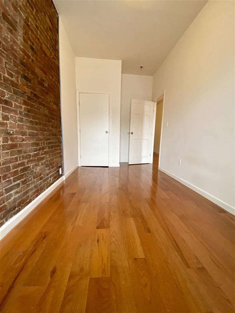 513 Grand Street Williamsburg Brooklyn NY 10002
